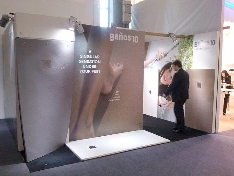 SolidSoft en la Feria ISH de 2015 mostrando su plato de ducha flexible